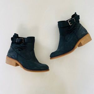 Coolway Black Leather Ankle Boots 6